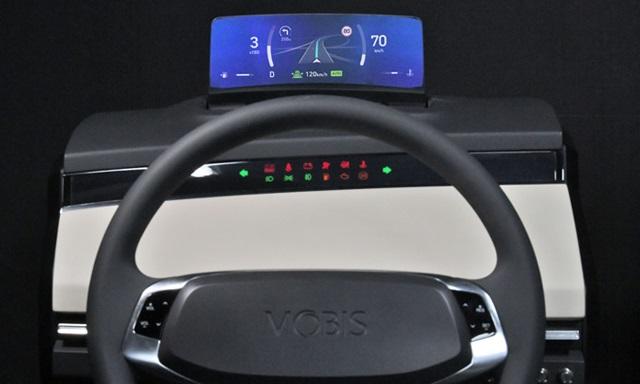 Hyundai Mobis Develops 'Clusterless HUD'