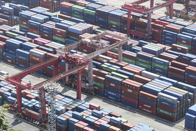 S. Korea to Bolster Safety of Workers at Seaports
