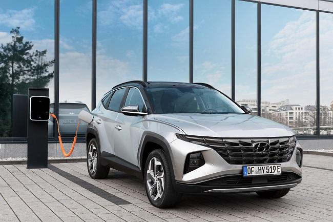 Hyundai's Tucson PHEV Tops Auto Bild Performance Review
