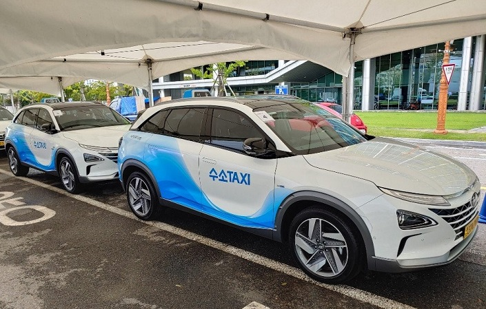 Gov't Calls for 100,000 Electric and Hydrogen-powered Taxis by 2025