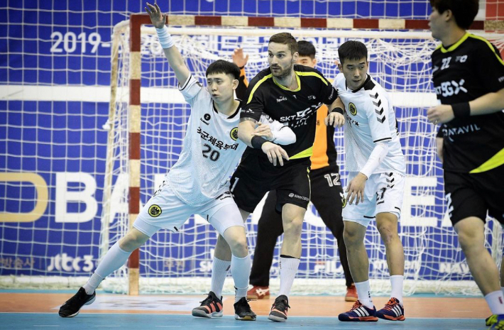 SK hynix to Support Handball Teams Consisting of Individuals with Developmental Disabilities