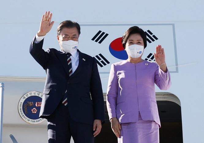 Moon in New York for U.N. Speech During Chuseok Holiday in Korea