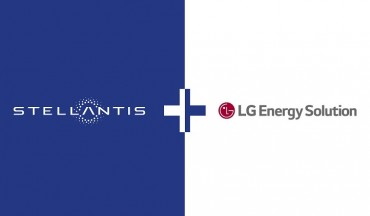 LG Energy Solution Signs MOU with Stellantis for EV Battery Production