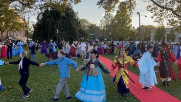 U.S. Becomes First Foreign Country to Host Korean Hanbok Day